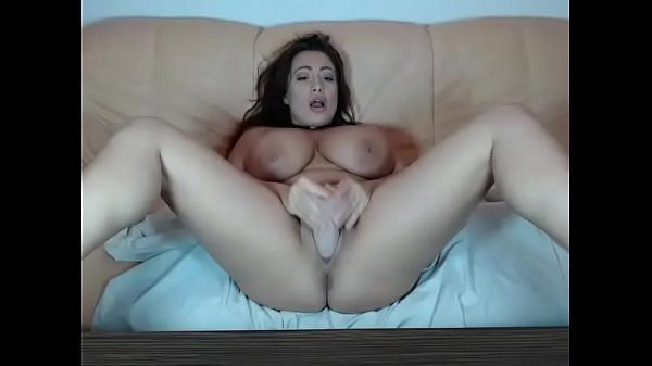 Toys, Pussy show