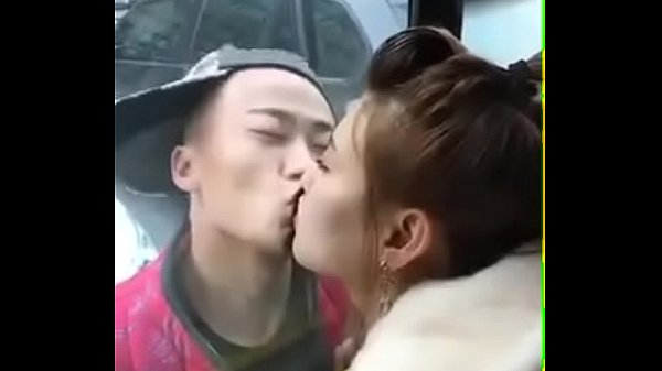 Bus, Chinese girl, Chinese girls, Kissing girl, Girls kissing
