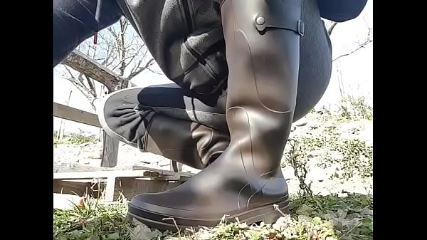 Booty, Boot, Mud