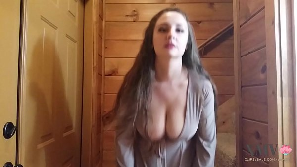 Victoria, Playing tits, Milking tits