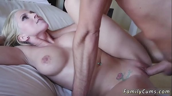 Threesome, Real mom, Real amateur, Threesome mom, Mom amateur, Amateur mom