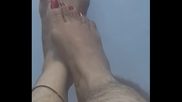 Hairy, Indian feet