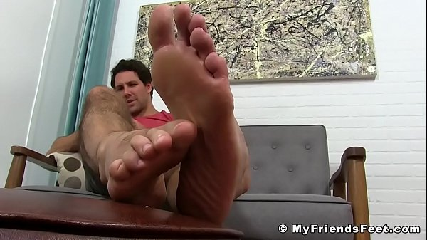 Handsome, Feet show