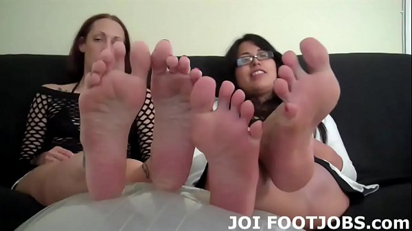 Feet cum, Cum dripping